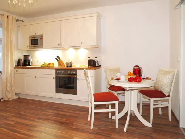villa emmi app 01 brise usedom. Black Bedroom Furniture Sets. Home Design Ideas